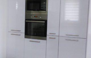 kuchyna-biela-lesklá-jáslovské-bohunice-1