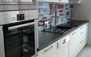 kuchyna-bielo-seda-3