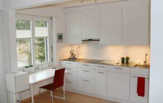 kuchynská-linka-biela