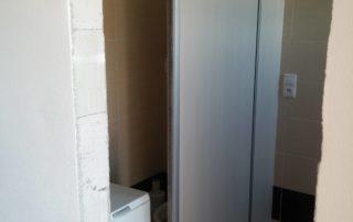 posuvne-dvere-na-wc
