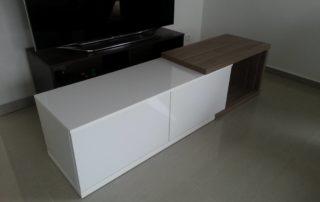 stolik-biely-leskly-2